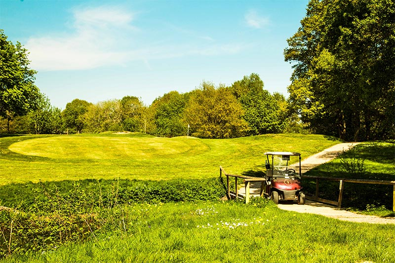 Gatton Manor golf club, Surrey, Dorking bridge