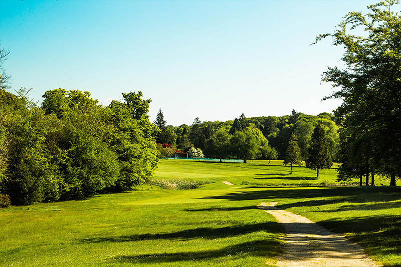 Gatton Manor golf club, Surrey, Dorking path